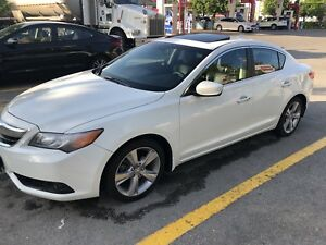 SELLING 2014 ACURA ILX FULLY LOADED TECH PACKAGE *ONLY 70K KM*