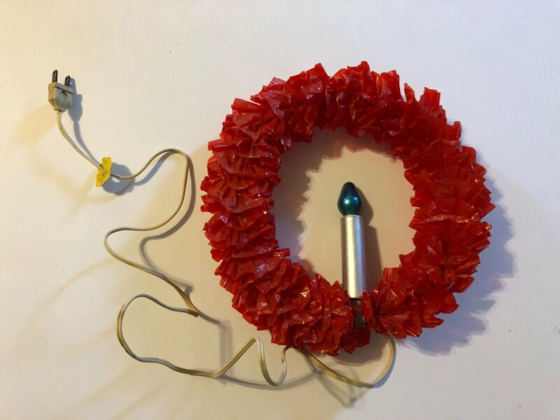 "Mid-Century Vintage Plastic Christmas Wreath with Electric Candle Light 10"" Red"
