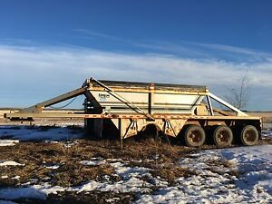 2008 Loadline Tridem Gravel Trailer