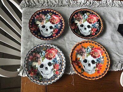222 FIFTH MARBELLA SKULL SALAD/LUNCHEON 4 PLATES VIBRANT FLORAL SUGAR SKULLS - Sugar Skull Plates