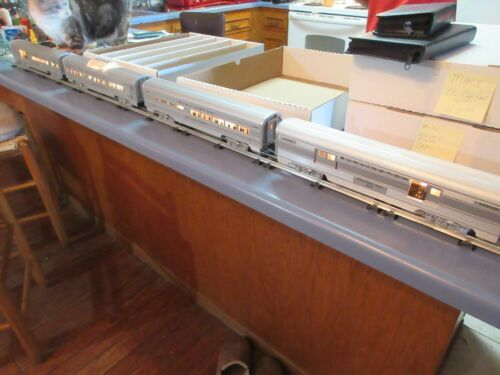 CB&Q Burlington Blackhawk 4-cars #6266, #6264, #6261, #6260
