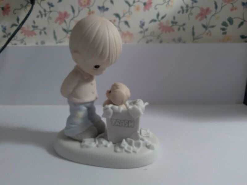 "Precious Moments ""You Just Cant Chuck A Good Friendship"" Member Figurine 1987"