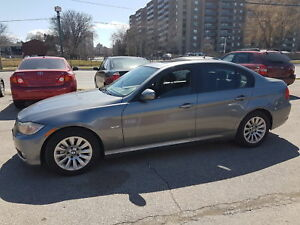 2009 BMW 3 Series 323i  Sharp looker.