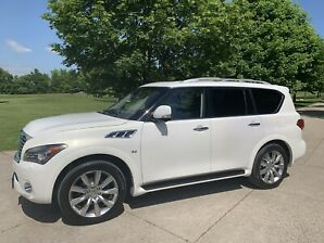 2014 Infiniti QX80 with Tech Pack