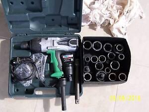 RATTLE GUN - HITACHI 3/4 DRIVE PLUS SOCKETS Mundoolun Logan Area Preview