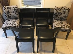 Kitchen Table Chairs (x6)