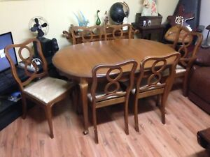 """Solid Maple 7 Piece Dining Set, Table (58"""" x 40"""") and 6 Chairs"""