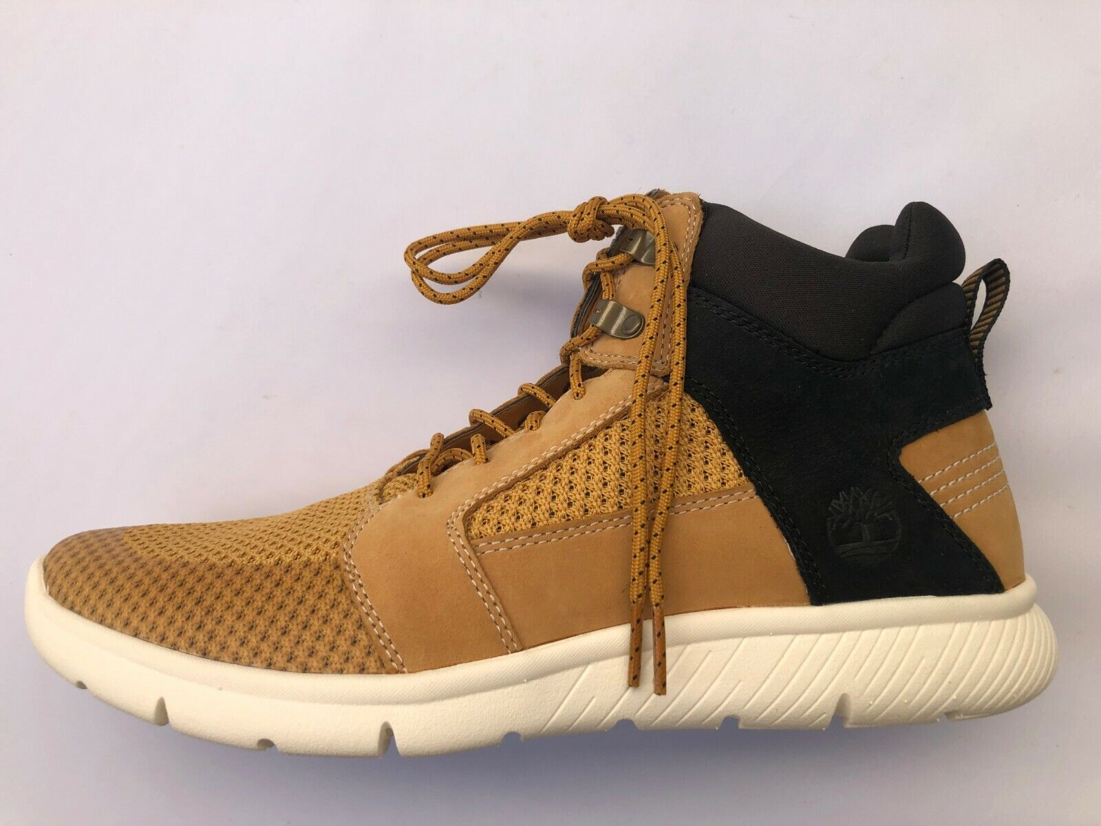 Timberland Men's Boltero Mid Lightweight Sneaker Chukka Boot Shoe Beige