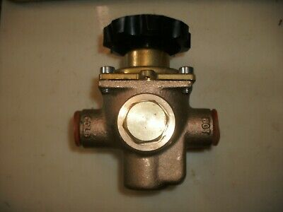 Brass Mixing Valve 12 Hot Cold Hand Wheel Operated