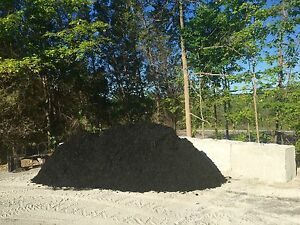 Black mulch and natural wood chips