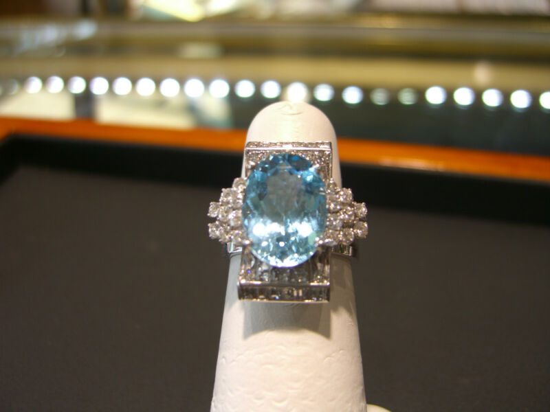 Fine Womens 18 Karat White Gold Diamond And Blue Topaz Ring 5.00 Carats New!!!