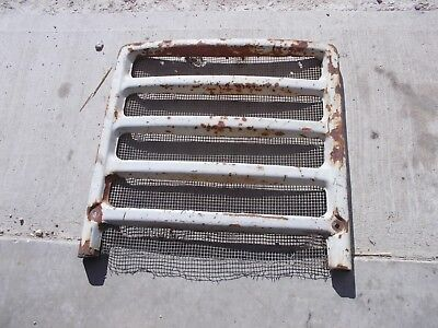 Farmall 460 560 Tractor Straight Original Ih Front Nose Cone Grill Screen