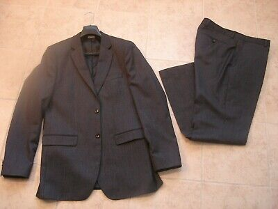 Men's Banana Republic Tailored Slim Solid Italian Wool Suit Charcoal Size 42 L  Italian Men Suits