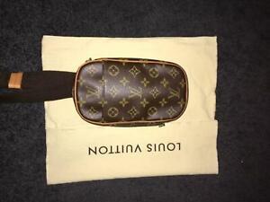 Authentic Louis Vuitton Gange Monogram Pochette Bag