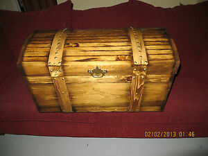 ... handmade CURVED TOP WOODEN TREASURE,HOPE CHEST,CHILDS TOY BOX / TRUNK