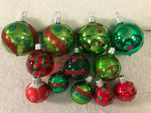 Christmas ornaments set of 12 glass multi size & color balls CH5743