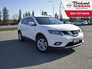 2016 Nissan Rogue SV Backup Cam/Low KM/Heated Seats/Remote Start