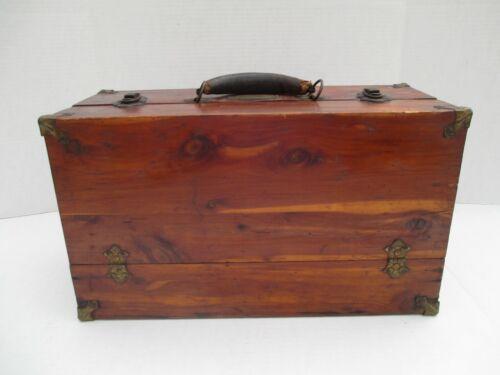 RARE VINTAGE Wood DICKSON CLAWSON Tackle Box Possum Belly Kansas Fishing #2
