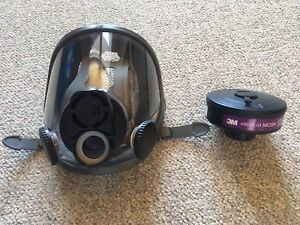Brand new 3M Full Face Respirator with Filter (Unused)