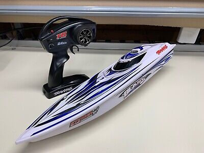 TRAXXAS BLAST NAUTICA RC BOAT W/ RADIO *THE ESC APPEARS TO NOT BE FUNCTIONAL*