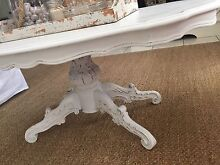 Beautiful white coffee table Robina Gold Coast South Preview