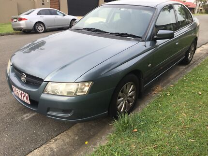 2005 vz commodore acclaim great condition! Rego & roadworthy Ashmore Gold Coast City Preview