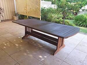 Extendable Outdoors Jarrah Table Unley Unley Area Preview