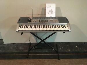 Casio Keyboard LK-100
