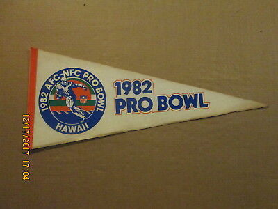 NFL AFC-NFC PRO BOWL Vintage 1982 Hawaii Logo Football Pennant