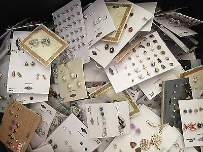 GIRLS FASHION STUD EARRING LOT OF 40 RANDOM PAIRS TARGET BRAND SILVER GOLD TONE