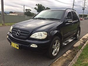 MERCEDES BENZ 4X4 LUXURY SUV $3800!! Speers Point Lake Macquarie Area Preview