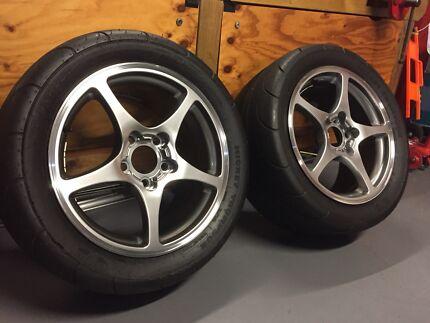 "Mickey Thompson ET Streets on 17"" corvette (VE Commodore) wheels"