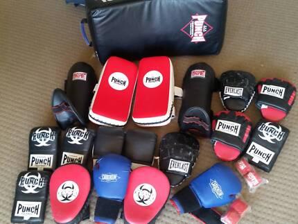 Punch brand - Muay Thai   kickboxing pads  c4e45ec37430
