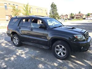 2009 4Runner serviced at Woodbridge Toyota, no accidents