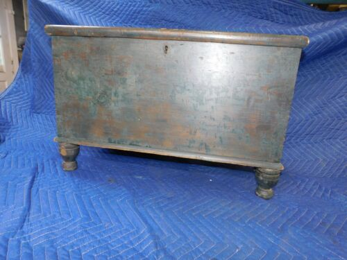 Lancaster County Green minature antique blanket chest pa turned feet dovetailed