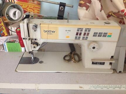 Sewing and overlocker machine
