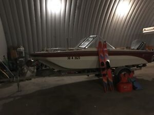 16.5' boat with 90hp Evinrude