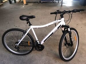 Crest Mountain Bike in great condition
