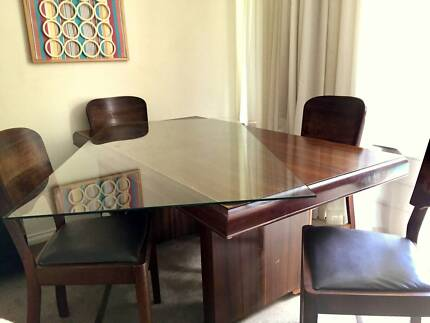Sturdy Vintage Dining Table 4 Chairs