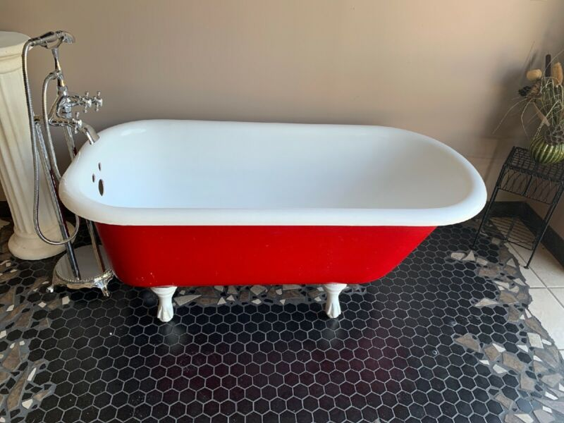 Antique Claw Foot Tub Cast Iron with the Feet and Faucet