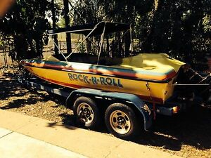 Ski boat V8 !!!  - ski - wakeboard - tubing - CHEAP BUY!! Caboolture Caboolture Area Preview