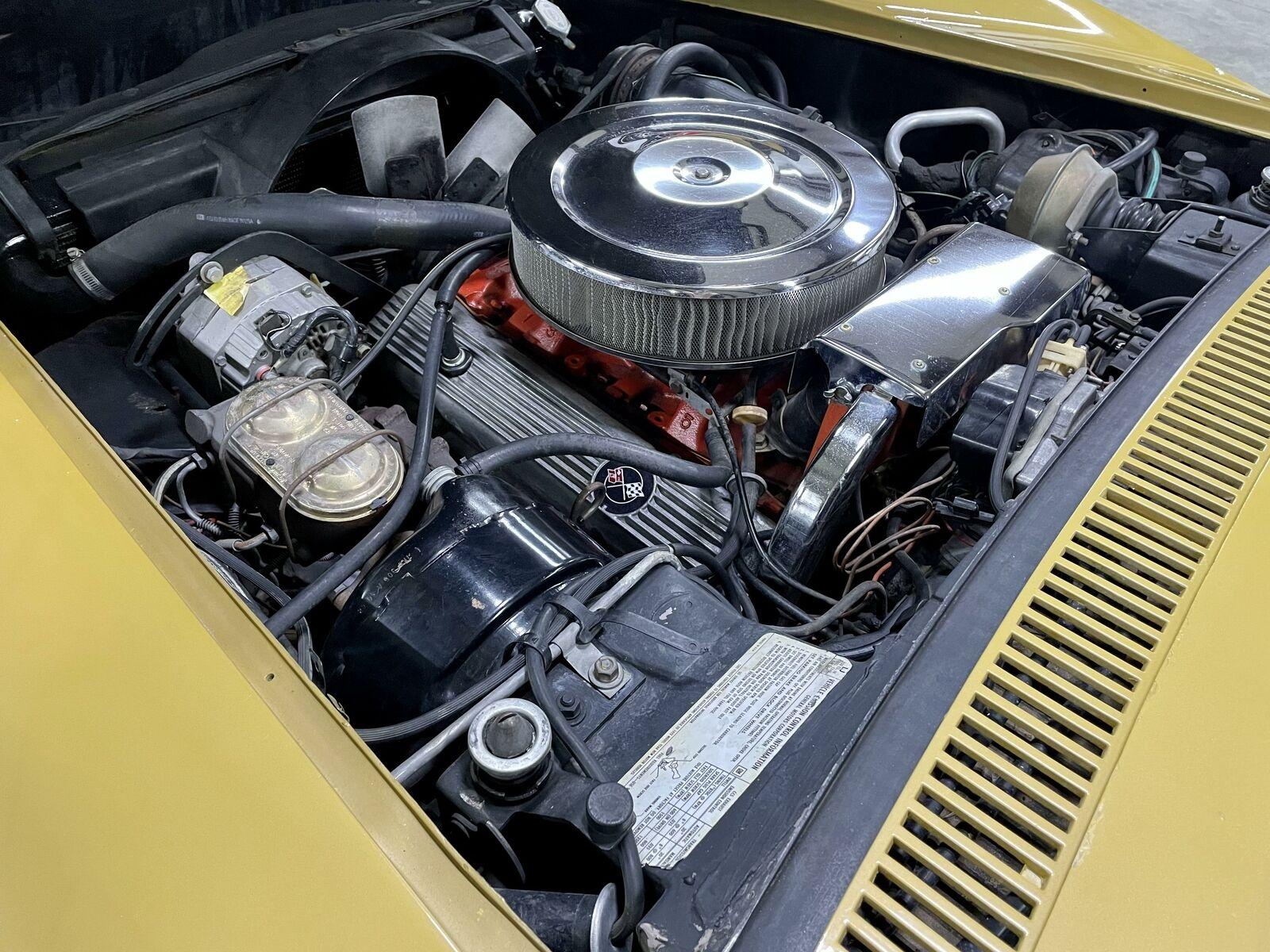 1972 Yellow Chevrolet Corvette   | C3 Corvette Photo 9