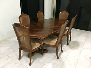 Adjustable Solid 6 Seater Dinning Table Brinsmead Cairns City Preview