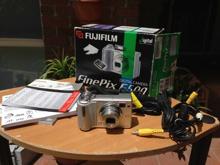 Brand new Fujifilm Digital compact camera