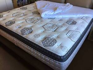 UBER KING/SUPER KING size Platinum KING KOIL MATTRESS - as NEW Elwood Port Phillip Preview