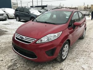 2011 Ford Fiesta SE WINTER READY (LOW KM)(CLEAN CARPROOF)