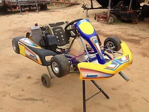 Go kart arrow ax6 rotax max Canungra Ipswich South Preview