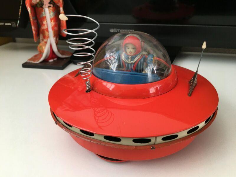 Rare KO. YOSHIYA Flying Saucer UFO Tin Toy From 1950s Japan Vintage