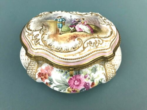 ATQ Sevres Hand Painted Courting Couple Floral Hinged Casket Box P. Roche Signed