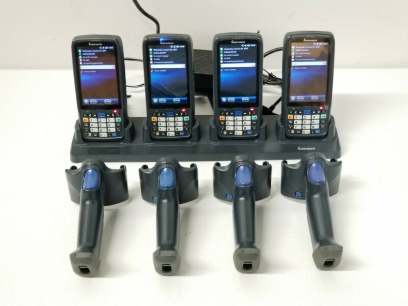 Lot of 4 Intermec CN51 Scanner CN51AN1KN00W0000 with Handles & Docking Station
